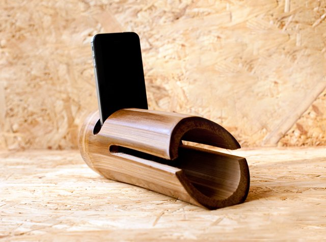 iBam 2 Bamboo iPhone Speaker