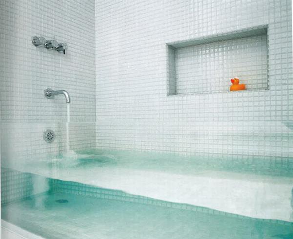 Clear Glass Bathtub by Stern McCafferty