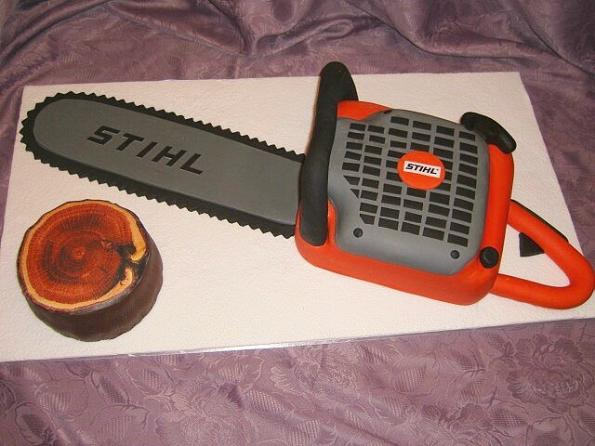 chainsaw cake design image 11 Top 30 Realistic Cake Designs