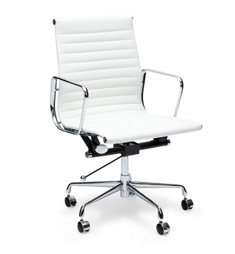 Eames-Office-Chair-from-The-Holiday