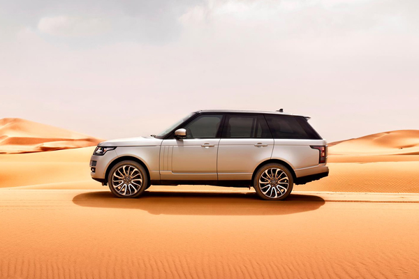 land rover 5 Social Network Insights that Help People Choose Better Cars