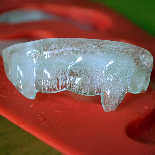 Vampire Fangs Ice Tray