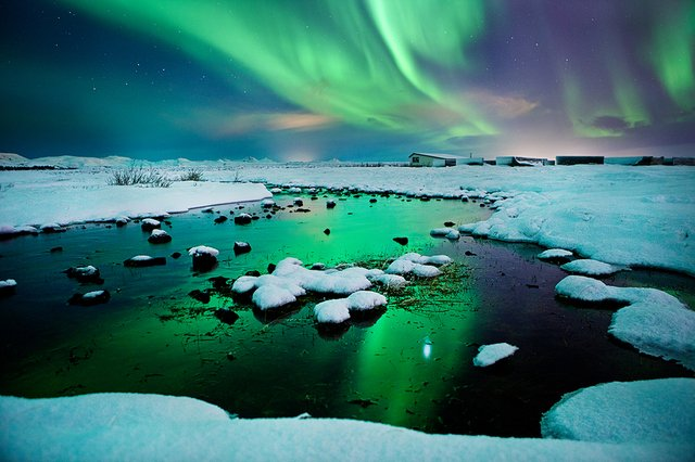 River-light - Iceland - Northern lights