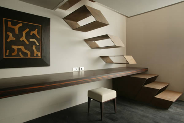 Floating Staircase by Guido Ciompi