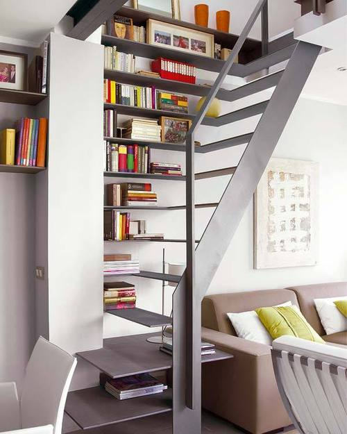 Compact Bookshelf Staircase