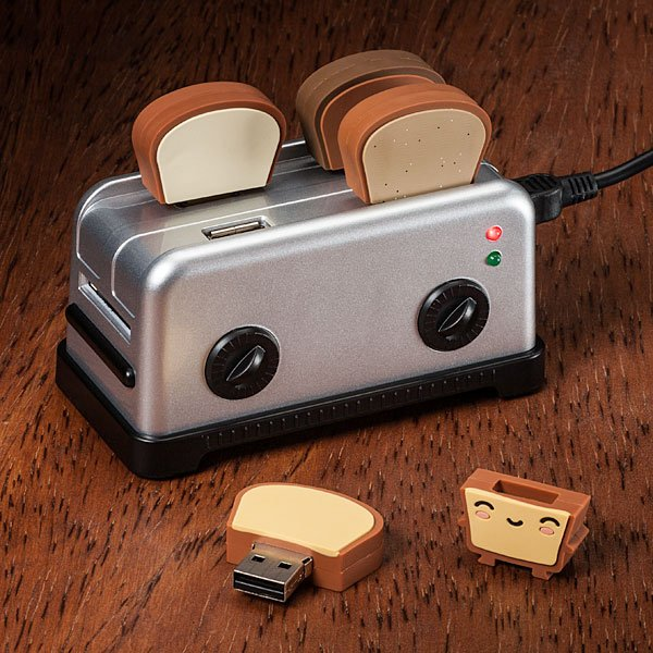 158724871302415997 b7c6eb1553061 25 Creative USB Drives You Could Buy