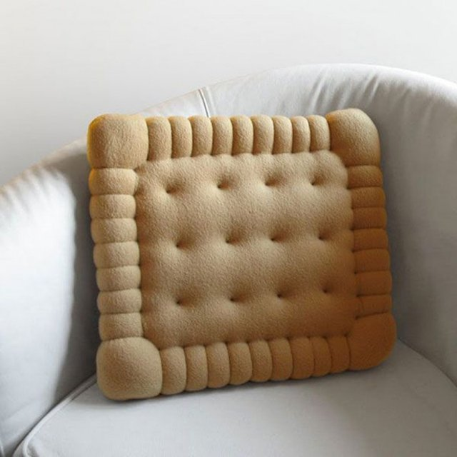 Petit Beurre Pillow by Maxi Glob