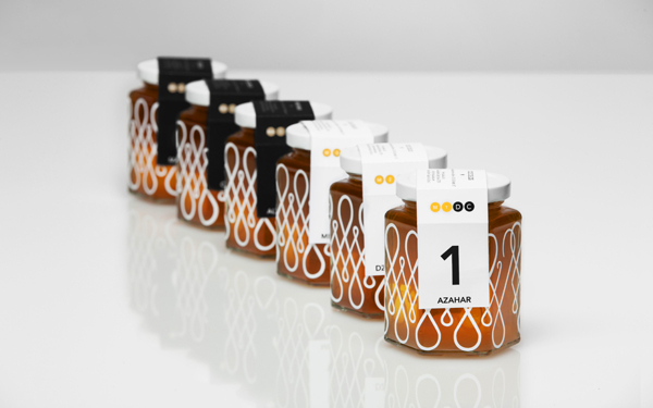 47be0a788b4b17a8b9197daf9fea4f8a1 20 Delicious Honey Packaging Designs