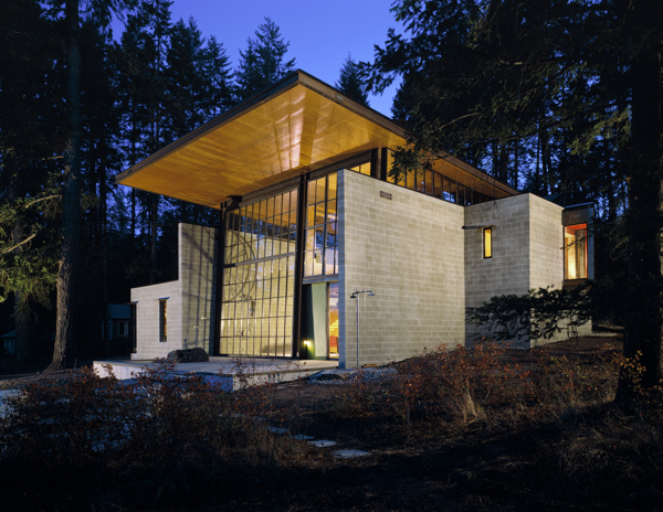 chicken point cabin 13 Chicken Point Cabin by Olson Kundig Architects