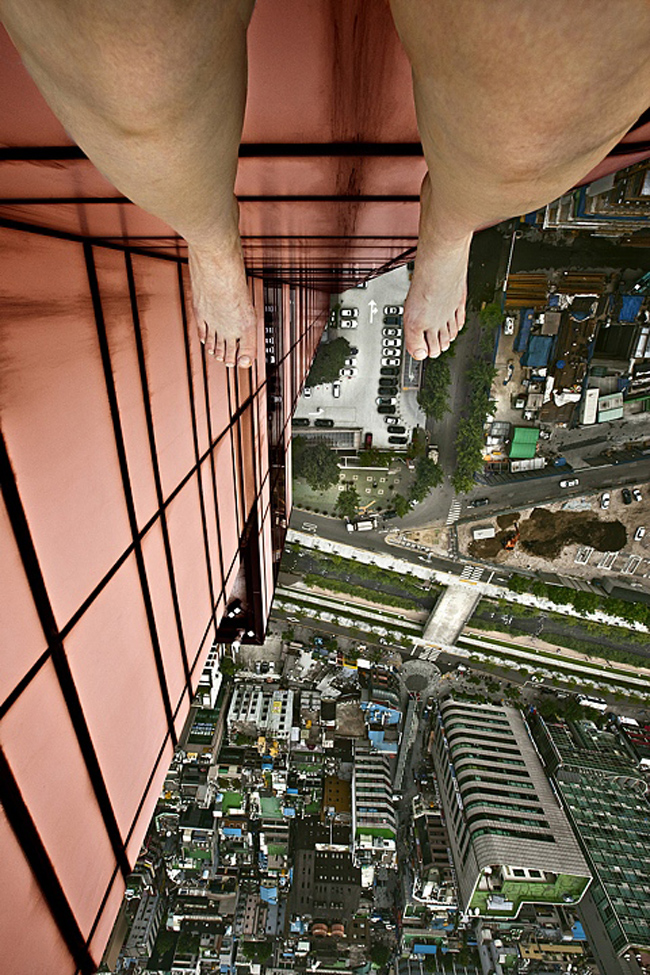 death defying photography by ahn jun 7 Frightful and Alarming Photography by Ahn Jun