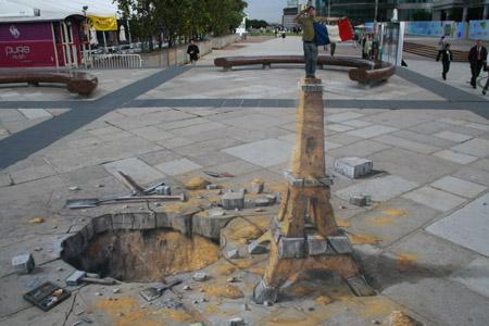 Eiffel Tower Sand-Sculpture