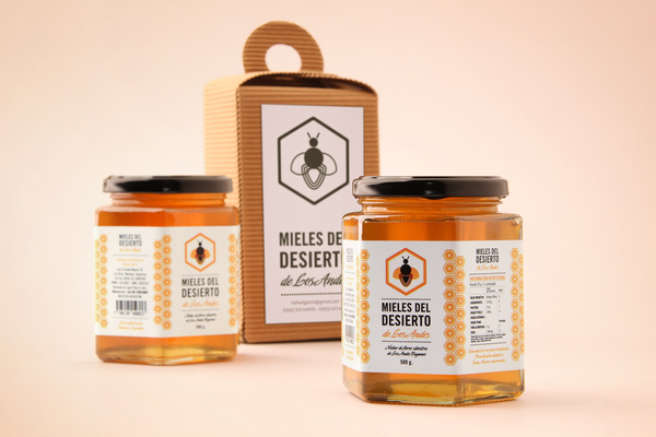 mieles del desierto 1 20 Delicious Honey Packaging Designs