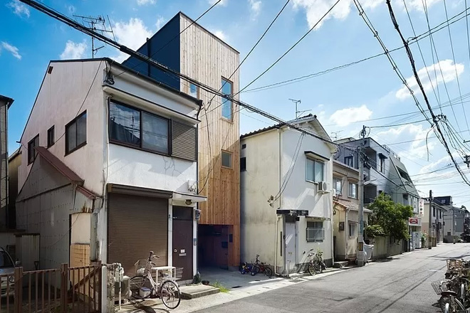 narrow-house-by-fujiwaramuro-architects (1)
