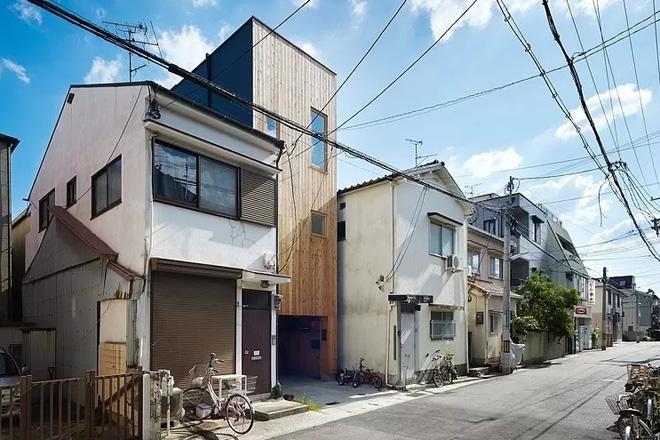 narrow-house-by-fujiwaramuro-architects (1)