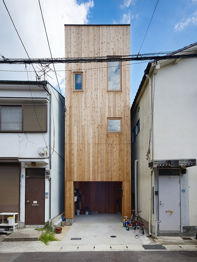 narrow-house-by-fujiwaramuro-architects (2)