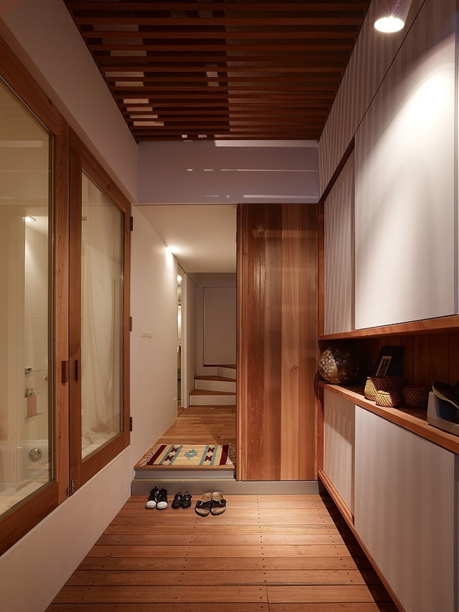 narrow-house-by-fujiwaramuro-architects (4)