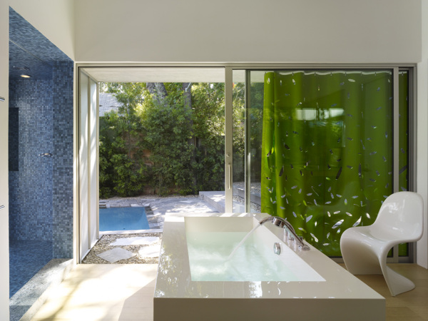 Norwich Drive Residence in West Hollywood, CA (3)