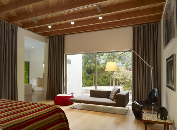 Norwich Drive Residence in West Hollywood, CA (4)