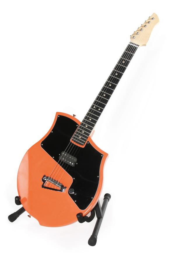 Ilona Guitar by Tobias Berblinger