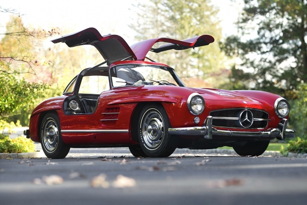 1954 mercedes benz 300 sl gullwing A Look at Some of The Most Legendary Car Designs