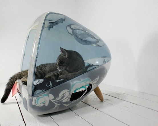 Recycled iMac Pet Bed