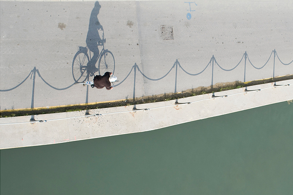 by maurizio lattanzio 25 Remarkable Examples Of Shadow Photography
