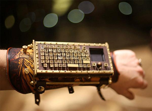 Steampunk Arm Guard Bluetooth Keyboard