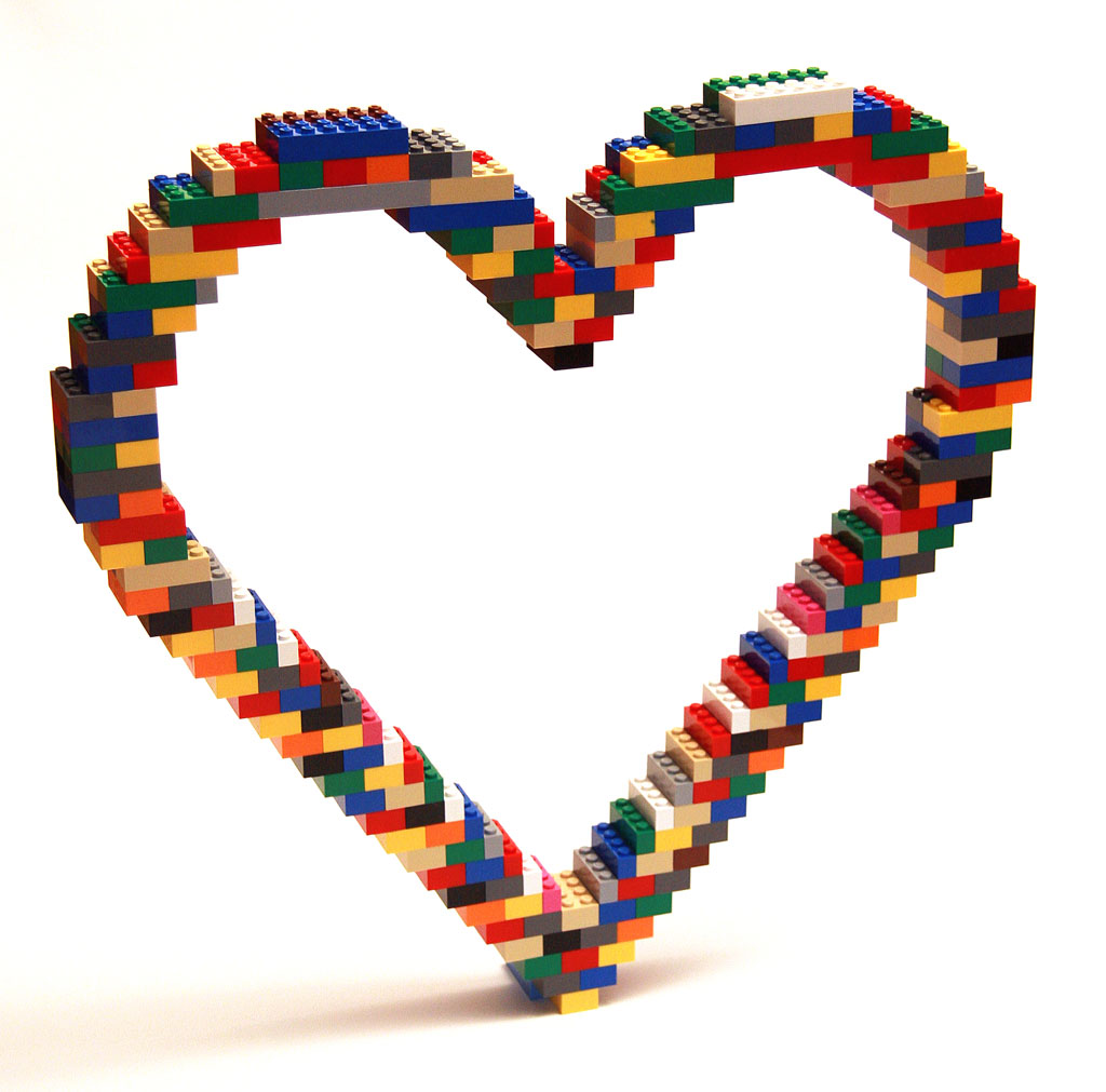 open heart 3 The Art of the Brick: Outstanding LEGO Artworks by Nathan Sawaya
