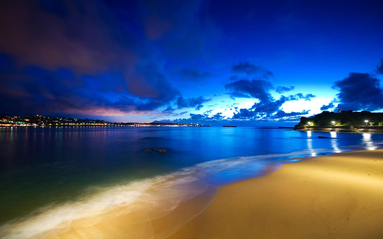 Cloak of Night By Dominic Kamp