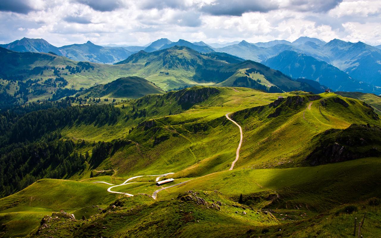 Kitzbuhel Mountain View By reinhard76
