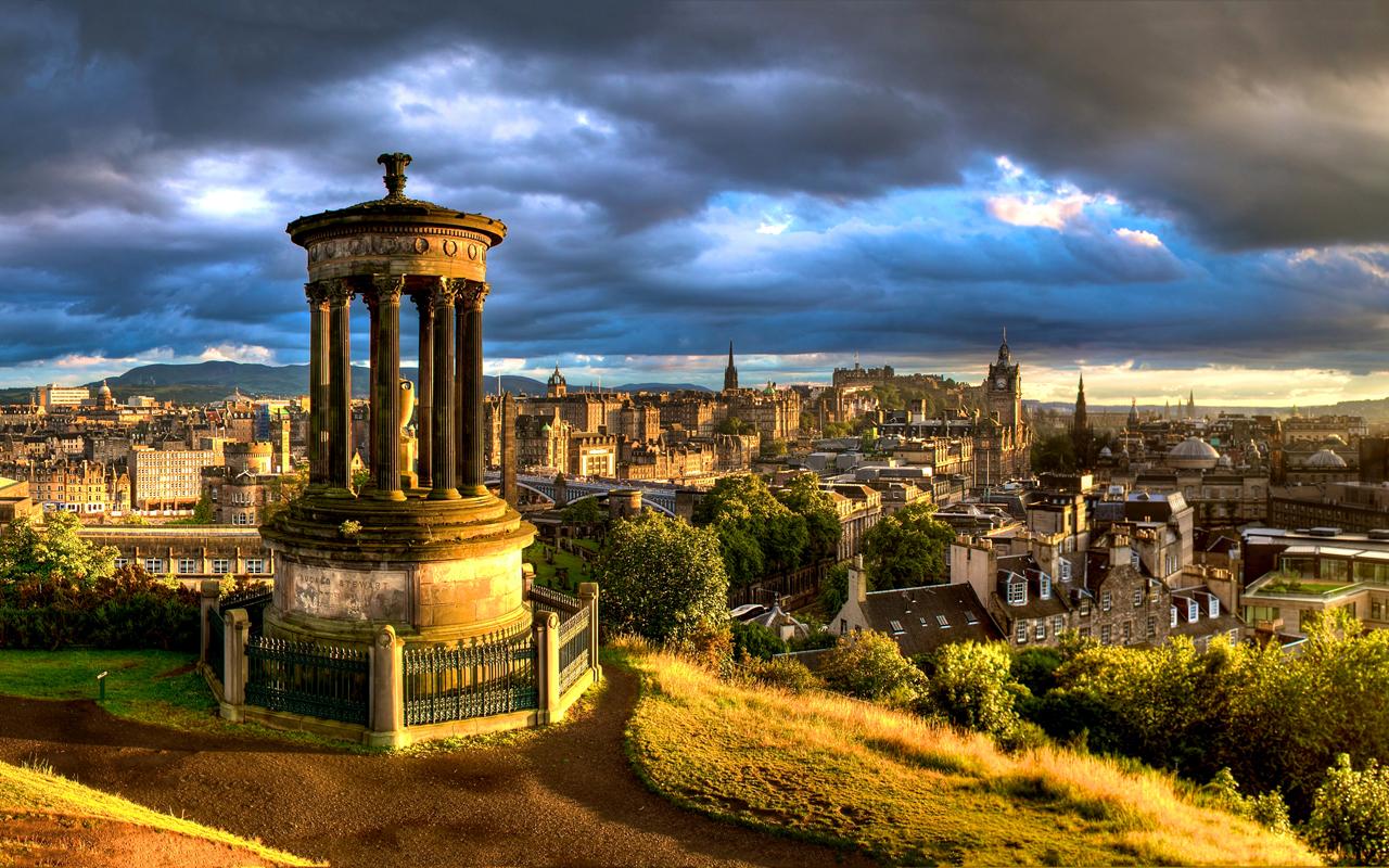 Calton Hill, Edinburgh By richardsim7
