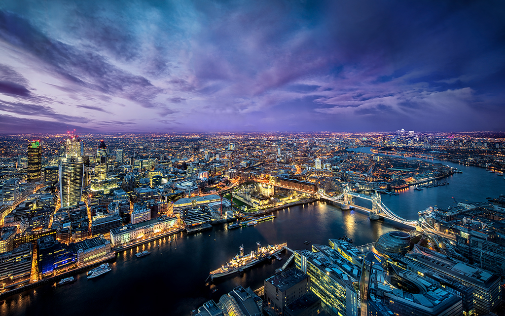 London from the Shard By Dominic Kamp