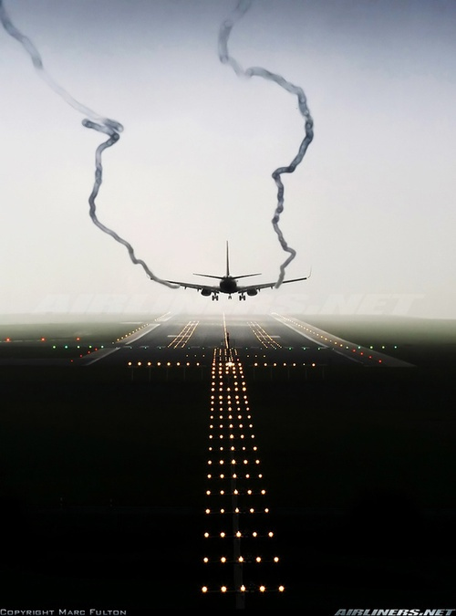 Ryanair 737-800 landing at Frankfurt - Hahn