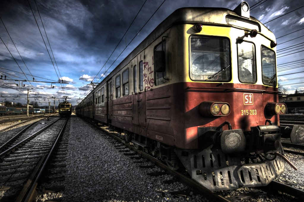 on track5 hdr by biggjeppe1 70 Jaw Dropping HDR Photographs