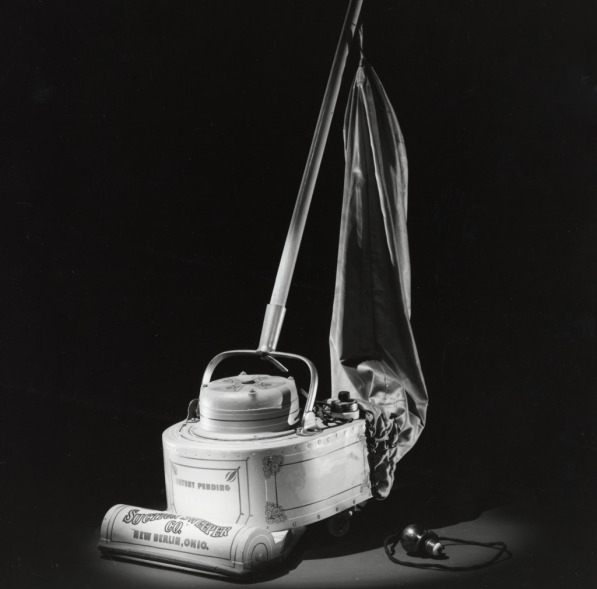 The-Suction-Sweeper-ca-1905