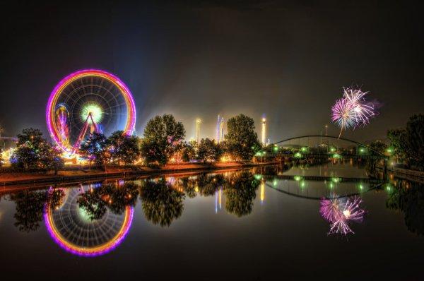 Volksfest HDR Fireworks Manip by Stephen