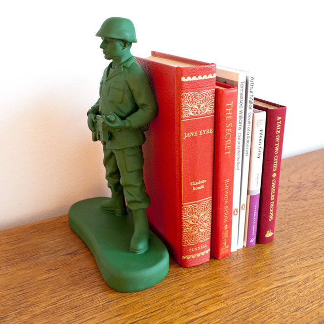 300293861 135965cb0ab61 31 Amusing Bookend Designs