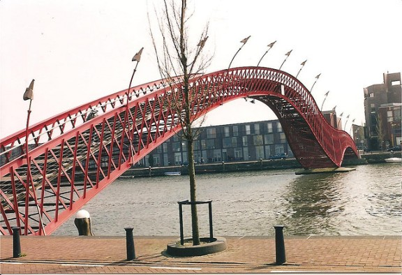 Python Bridge, Holland