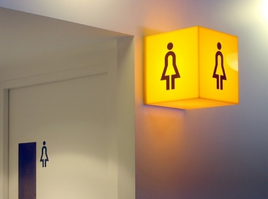 376825780338 ewktr5n5 l1 Why Signage Designs Need to Comply With ADA Rules for Accessibility