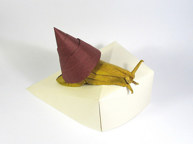 Astounding Origami Art by Nguyen Hung Cuong (11)