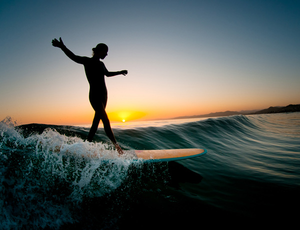 evening glide Surfs Up: 30 Incredible Surf Photographs