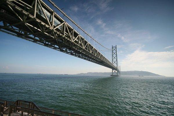 Akashi Kaikyo Bridge, Japan
