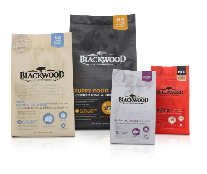 kick blackwoodpetfood082411 11 25 Praiseworthy Pet Packaging Designs