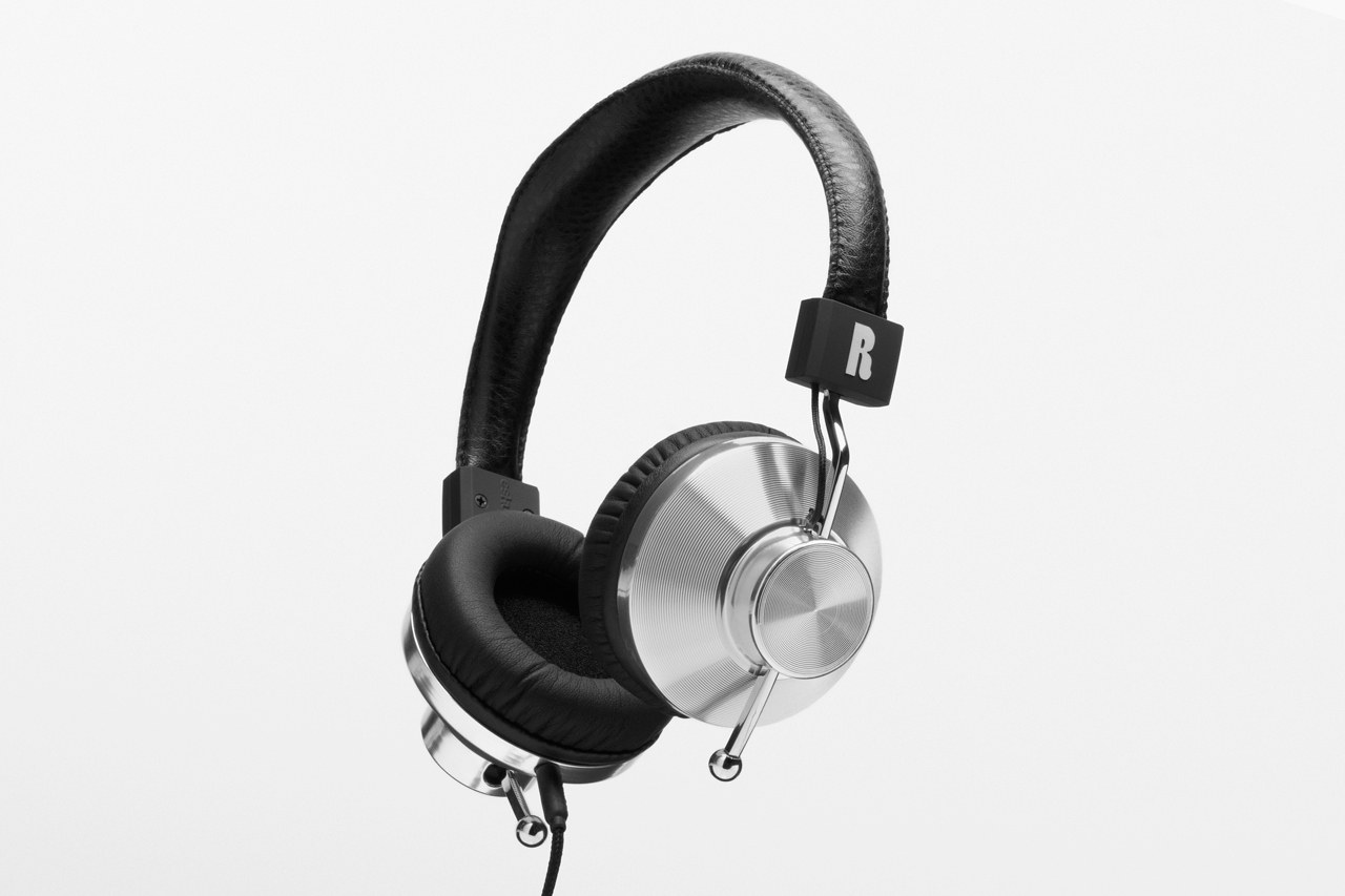 leibal 45sv2 eskuche 21 Headphone Frenzy: 40 Skillfully Constructed Headphones