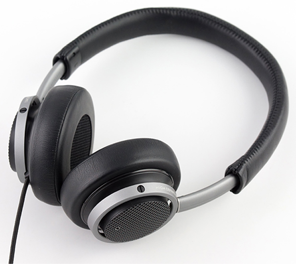 philips fidelio m1 Headphone Frenzy: 40 Skillfully Constructed Headphones