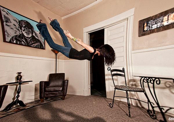 Tesla-Levitation--Free-Fall
