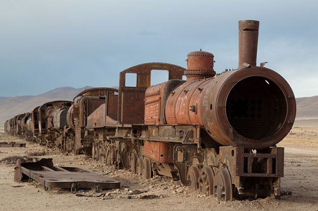 Abanonded steam engine in Uyuni train cemetery, Bolivia. Photo By jimmyharris