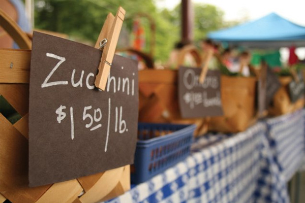 farmers market table Mobile Payments: Take Your Business with You!