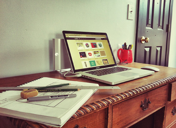 seth ely 25 Workspaces of Designers from Dribbble