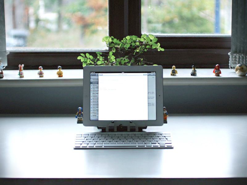Workspace for writing by Oykun